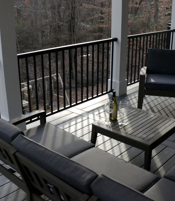 Moistureshield Elevate Decking